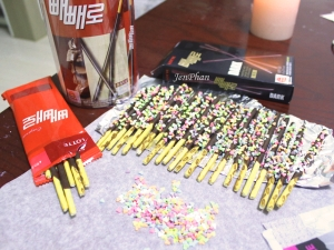 Sprinkled Pepero In the Making